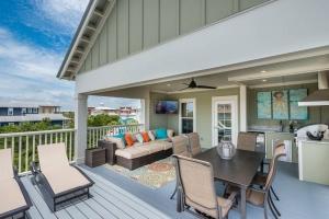 Cool Breezes by BetterBuilt Custom Luxury Home